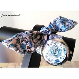 Montre bracelet tissu à nouer en imprimé ethnique coloré
