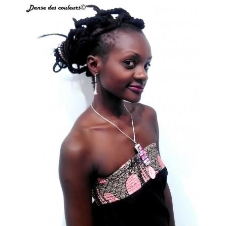 Collier pendentif médaillon en corne et wax d'inspiration africaine