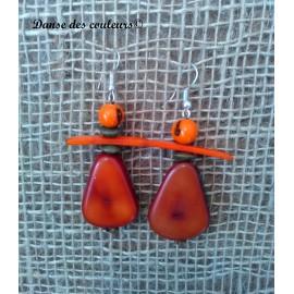 Boucles en pétales d'ivoire végétal et graines açaï : orange