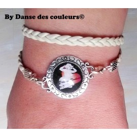 Bracelet à médaillon argenté multirangs en cordon cuir beige interchangeable